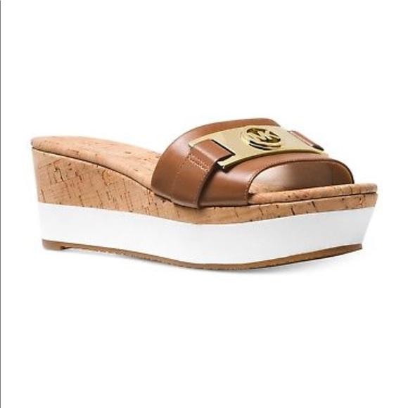 47763694740 Michael Kors Warren Platform Wedges Sandals 🆕
